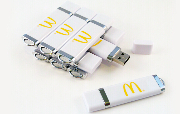 8 gig usb flash drive, 16 gig usb flash drive, 32 gig usb flash drive